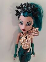 NEFERA DE NILE Boo York Monster High doll Excellent used condition