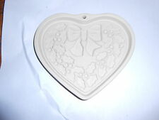 Pampered Chef Winter Wreath Second in Seasons of the Heart Series Mold 2003