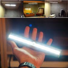 Lunartec LED Lichtleiste mit Bewegungsmelder - kaltweiß batteriebetrieben AAE