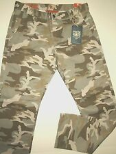 Dockers by Levi's men's camouflage pants slim fit modern design size 34x32