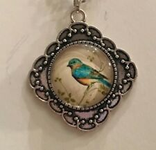 "Cameo Pendant And Chain 18"" T074 Beautiful Glass Blue & Yellow Bird Decorative"