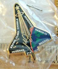 BROWN CLARK CHAWLA ANDERSON RAMON MCCOOL HUSBAND~STS 107 ~ SPACE SHUTTLE PIN