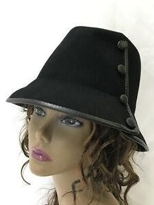 Vtg Women's Black Cloche Bucket Hat Fedora Faux Leather Buttons Trim Wool Medium