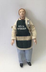 Dolls House Gardener - 15 cm