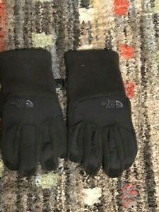 NWOT Boys THE NORTH FACE Gloves Sz Medium Black