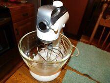 KitchenAid White Vintage 4C Stand Mixer with Whisk & KitchenAid Glass Bowl