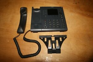 MITEL BUSINESS OFFICE PHONE 6867I COLOR DISPLAY WITH BASE AND HANDSET