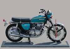 MOTO MINIATURE, HONDA 750 FOUR BLEU, EN HORLOGE, 03