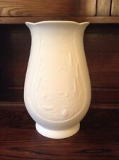 Vintage Reproduction Unboxed Decorative Porcelain & China