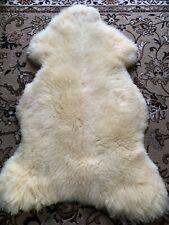Schaffell Lammfell Teppich Fell  Baby Fell medizinisch gegerbt: 135 x 74 x 6 cm