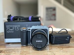 Hasselblad  X1D 50c + V Mount Adapter+ 256gb SD