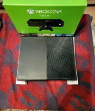 Microsoft Xbox One 1tb Black Console Bundle w/ original box and accessories