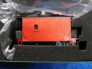 Bachmann On30 18 Ft. Logging Caboose Painted Red, Unlettered 26562