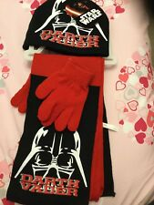New With Tags Boys , Hat Gloves & Scarf Set , Theme Star Wars , One Size .