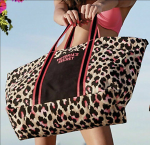 NWT Victoria's Secret Women's Weekender Tote Bag Leopard Hot Pink L23 x W7 x H14