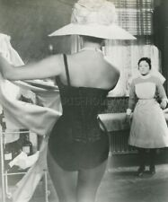 SEXY SOPHIA LOREN THE MILLIONAIRESS 1960 PHOTO ORIGINAL #115