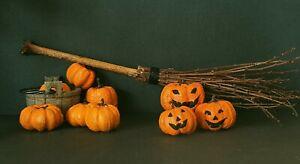 1:12 Miniature Broom, Broomstick, Halloween Pumpkin Jack o' Lantern, Dolls house