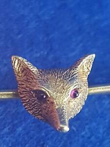 Charming 1920s 15CT Yellow Gold Figural Fox Head Stock Brooch w Ruby Eyes 3.9g
