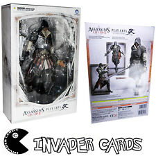 Square Enix Play Arts Kai Assassins Creed 2/II Ezio figure statue RARE Boxed New