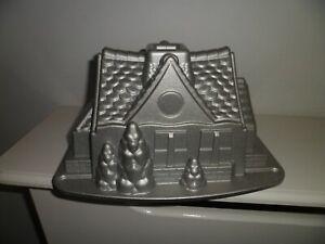 NORDIC WARE GINGERBREAD HOUSE CAKE TIN