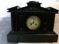 Antiguo reloj de chimenea - marmoruhr Francia UM 1890