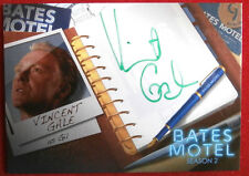 BATES MOTEL - VINCENT GALE as Gil - AVG1 - [GREEN INK] Autograph Card