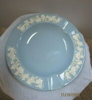 Wedgwood Queen's Ware Etruria & Barloston Embossed Blue & White Grapes Ashtray