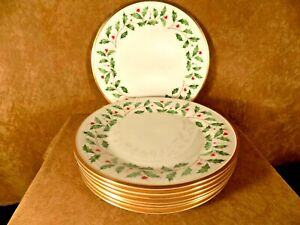 """LENOX HOLIDAY PATTERN  DINNER PLATES-10 3/4""""-HOLLY BERRIES, GOLD TRIM"""