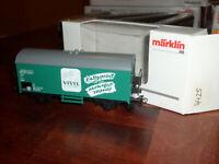 Marklin HO Scale 4425 Refrigerator Wagon Vivil Green Box Car With Box