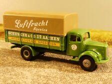 1//87 Brekina MB Möbelwagen Schenker /& Co Hamburg 57210