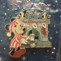 WDW Ver Merry Christmas Party 2005 Mickey Fireplace RARE HTF LE Disney Pin 43092