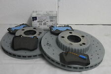 Genuine Mercedes-Benz W205 C-Class Saloon/Est AMG Front Discs & Pads Kit NEW!