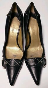 GIVENCHY Designer Black Leather Pointed Toe Heels Classic Shoes! Size 6 ( 36.5)