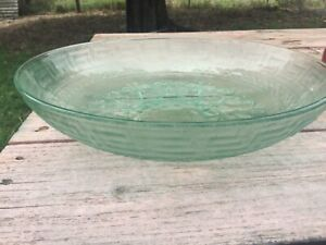 Green large fruit / salad glass bowl