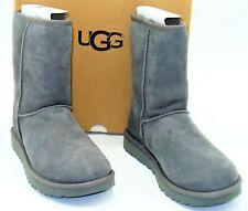 NIB Ugg Australia (W20) Classic Short II Boots Gray Grey Suede Womens SZ 8