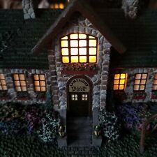 Thomas Kinkade Lighted Hawthorne Village Lamplight Village School Sculpture 0906
