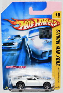 HOT WHEELS 2007 NEW MODELS '70 PONTIAC FIREBIRD #16/36 WHITE FACTORY SEALED