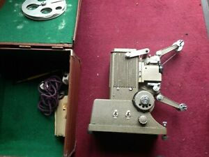 SPECTO 9.5mm CINE FILM PROJECTOR BOXED WITH INSTRUCTIONS