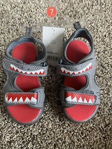 carters boys  Toddler Light Up sandals- Size 7 NWT