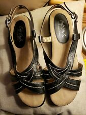 Hush Puppies Soft Style Women's Black Sandal, Size 8.5 Wide New without tags.