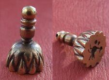 Replica roman bronzebird seal