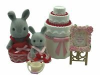 Calico Critters Sylvanian Families Wedding CAKE AND BRIDES MAIDS