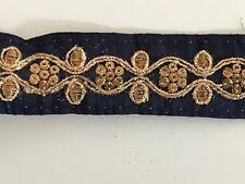 Hilo de oro antiguo indio atractivo Remolinos Azul Marino Tela de encaje bordado - 1 Mtr