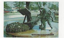 Trawlermen Hawkes Bay Aquarium Napier 1980 Postcard New Zealand 556a