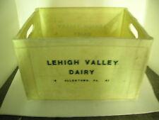 VINTAGE LEHIGH VALLEY DAIRY MOLDED MILK CRATE/BOTTLE CASE - MAKE OFFERS!!!!!