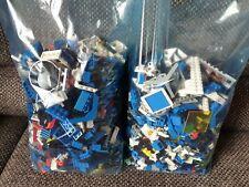Legosteinen und Zubehör aus der Star Wars Szene. Gewicht ca. 2,8 Kilo.