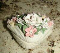 Vintage Price Products China 3D Roses Flowers design porcelain Trinket Box