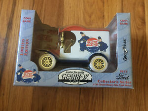 Gearbox 1:24 1912 Ford Collector Series Coin Bank Pepsi Cola Goodyear 1996