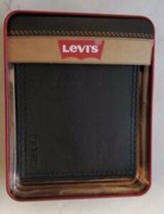 Levi's Black bi fold Leather Wallet  Brand new FREE S/H