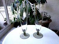 Set of 2 Tall Pilsner Beer Glasses Green Colored Base and Stem